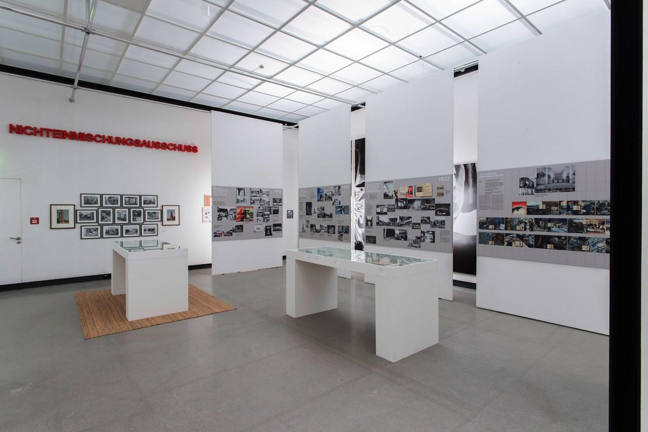 Uberlegen 50 Years After 50 Years Of The Bauhaus 1968. Installation View At  Württembergischer Kunstverein Stuttgart, 2018. Photo: Florian Model